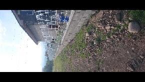 Oplotenie zo zváraných panelov s múrikom