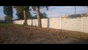 Betonový plot hladký